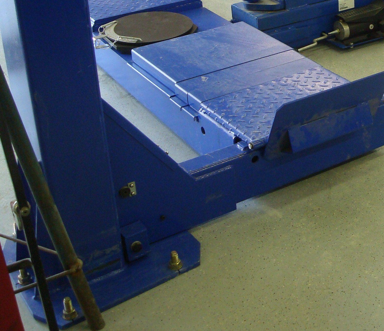 Ae Technologies Inc Hollstein 14 000 Lbs 4 Post Wheel